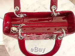 Authentique Sac LADY DIOR cuir vernis rouge avec bandoulière Comme Neuf / As New