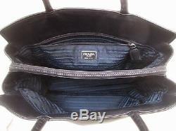 Authentique et magnifique sac à main PRADA vintage en cuir bag