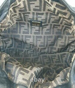 Authentique sac à main FENDI spy en cuir (réf A-497663)