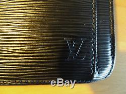 Authentique sac à main Louis Vuitton Cuir noir strié EPI 1986 Comme neuf