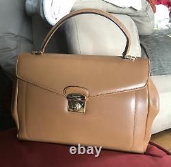 Authentique sac à mains Salvatore Ferragamo Authentic Bag L30xH24xl10cm Oc