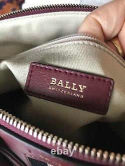 BALLYSac à mains+ bandoulière made In Switzerland Cuir Bordeaux 38x24x14cm NEUF