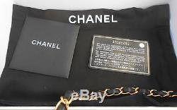 Chanel Sac A Main Matelasse Noir Chaînette Dore Dans Sa Boîte D'origine