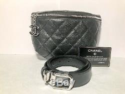 Chanel Sac ceinture Banane Neuf