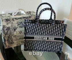 Christian Dior Tote Sac à main Toile Monogram Bleu Marine Utilisé