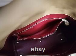 Etat neuf! Sac à main Salvatore Ferragamo, cuir lisse, couleur camel, handbag