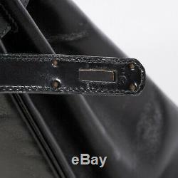 Hermès Kelly 32 en cuir box noir, GHW, en très bon état