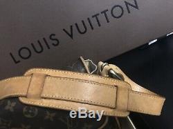 LOUIS VUITTON! Élégant sac modèle Hudson en toile monogramme Bon état