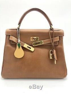 Magnifique et authentique sac Kelly Hermès En cuir Courchevel 28 Cm 1994 Gold