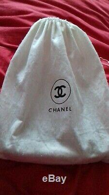 Sac A Main Chanel En Cuir Blanc Logo CC & Chaine Dore White