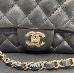 Sac A Main Chanel Jumbo En Cuir Noir