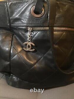 Sac A Main cabas Chanel en cuir