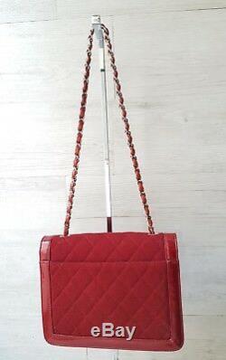 Sac Chanel 2.55 / Sac Chanel Rouge Cuir Verni Tissu / Chanel 2.55 Hand Bag