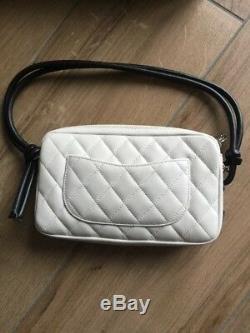 Sac Chanel Pochette Portée Épaule Ligne Cambon