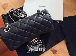 Sac Chanel mini timeless noir et neuf CC argent