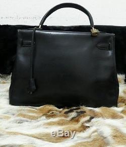 Sac Hermès Kelly 32 Cuir Box Noir, / Authentic Hermes kelly 32 Bag