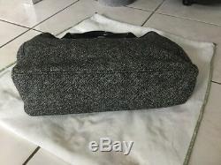 Sac LONGCHAMP tweed gris et cuir verni noir tres bon etat