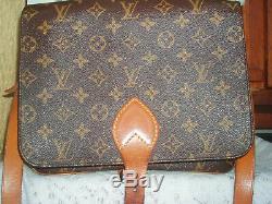 Sac Louis Vuitton porté épaule cartouchière grand modèle avec facture