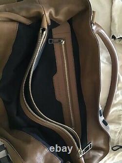 Sac a main Burberry en toile et cuir, très beau. Peu utilisé
