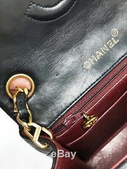 Sac à main Chanel Timeless / Classique Mini en Cuir Noir