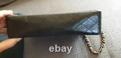 Sac à main Chanel Timeless / Classique en cuir noir médium vintage avec sac etat