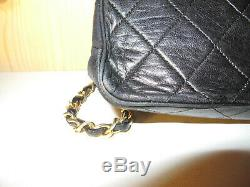 Sac à main Chanel noir 27cm x 18cm! Modèle Rare