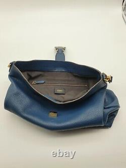 Sac à main FENDI neuf en cuir bleu avec son dustbag