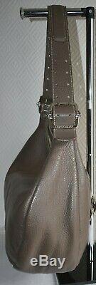 Sac à main cabas LONGCHAMP en cuir grainé porté épaule
