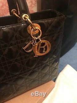 Sac a main iconique lady Dior en très bon état