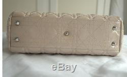 Sac à main DIOR Shopping Dior Soft en cuir vernis Nude Rose poudré 28x23x10 cm