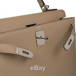 Superbe Hermès Kelly 28 bandoulière en cuir epsom Trench, état neuf