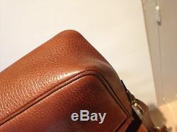 Superbe sac Céline authentique en cuir marron longue bandoulière, très bon état