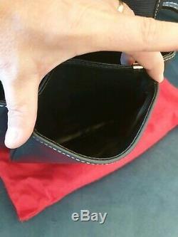 Très beau Sac à main LANCEL excellent état avec son porte monnaies et sac de pro