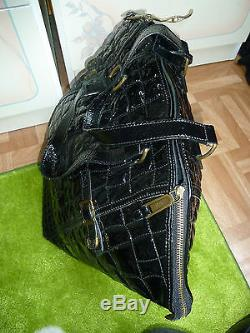 YVES SAINT LAURENT joli sac en cuir vernis